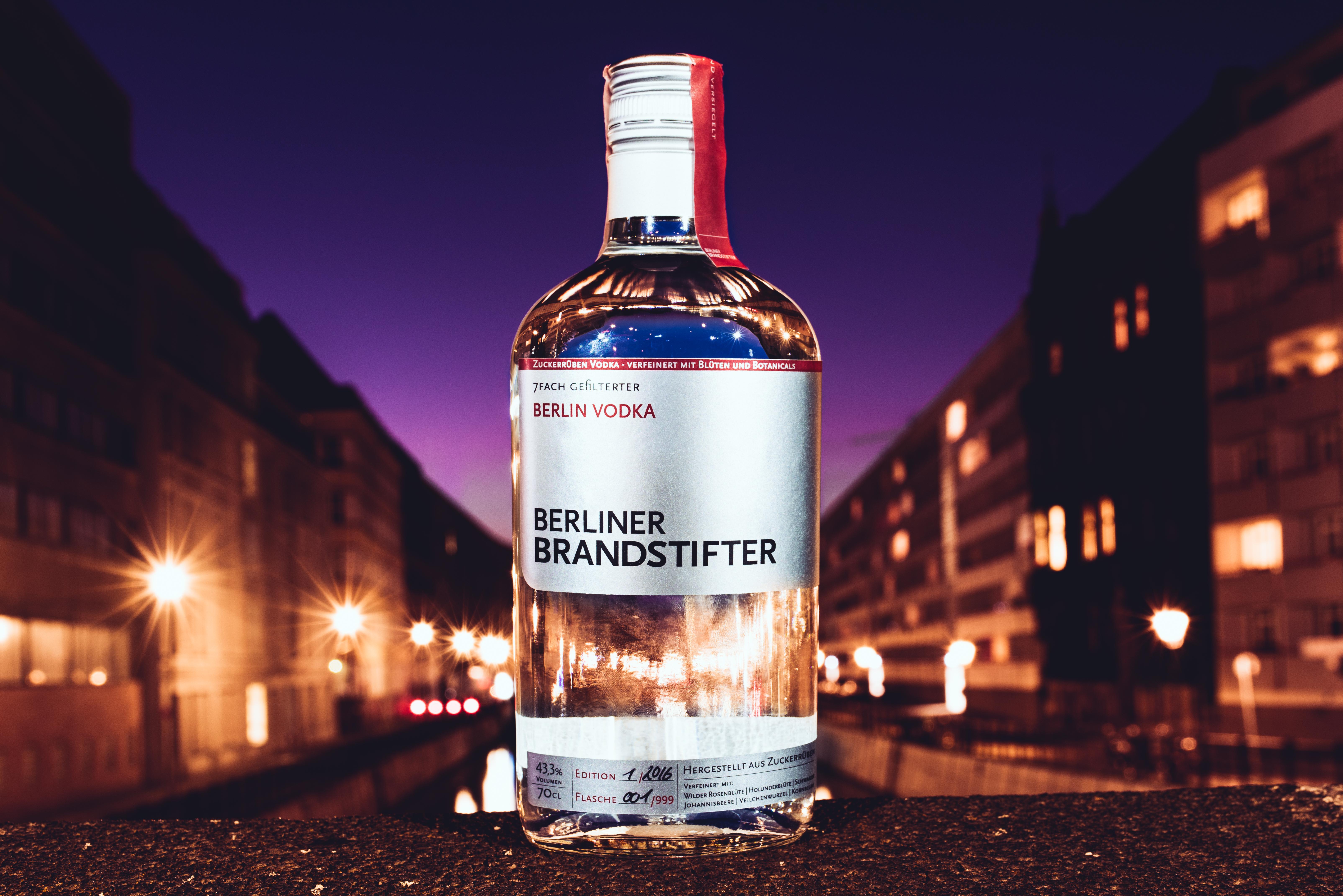 Berliner Brandstifter präsentiert Vodka aus ausgesuchten Zuckerrüben – verfeinert mit Berlins Blüten und Botanicals