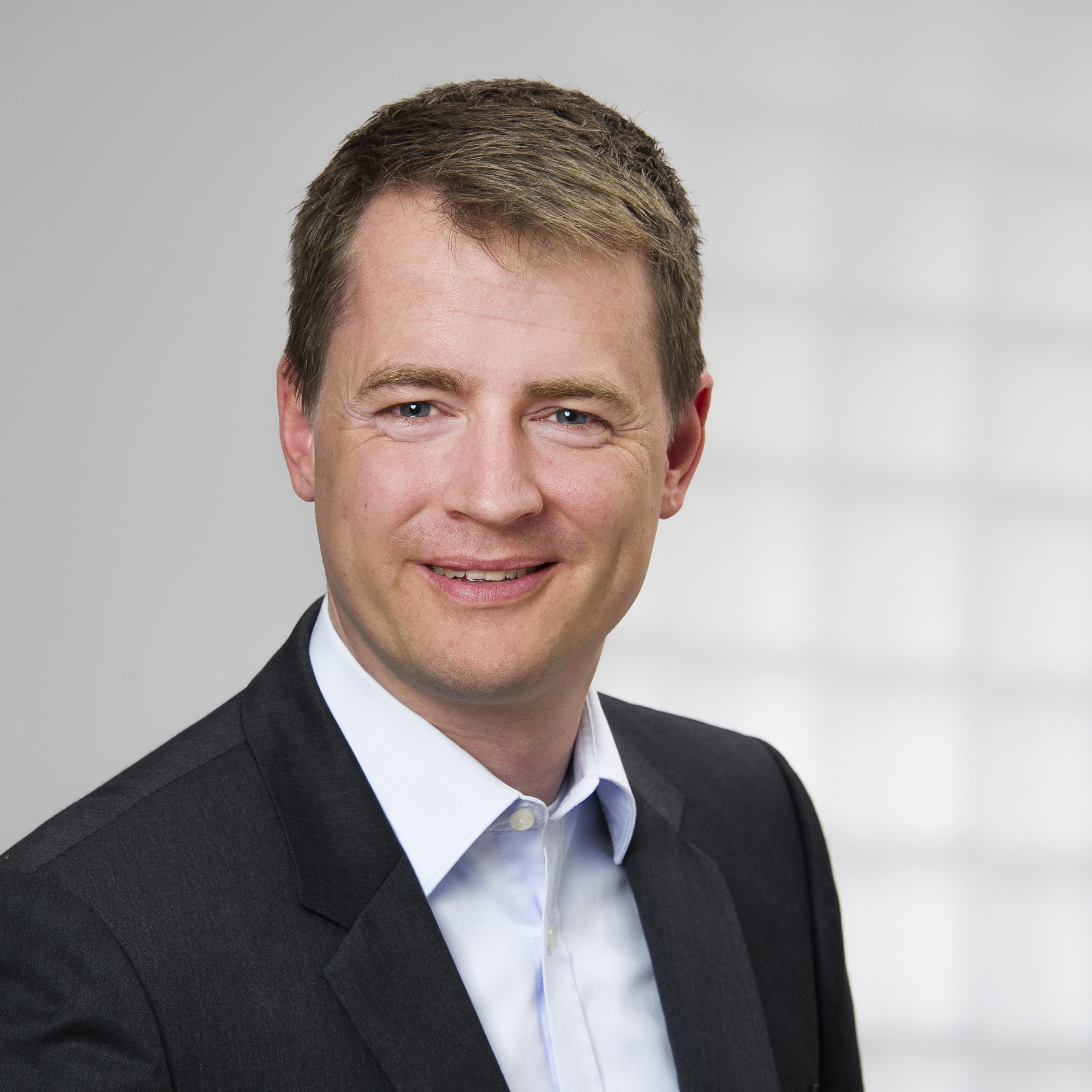Führungswechsel im Human Resources Team bei DIAGEO: Peter Henning ...