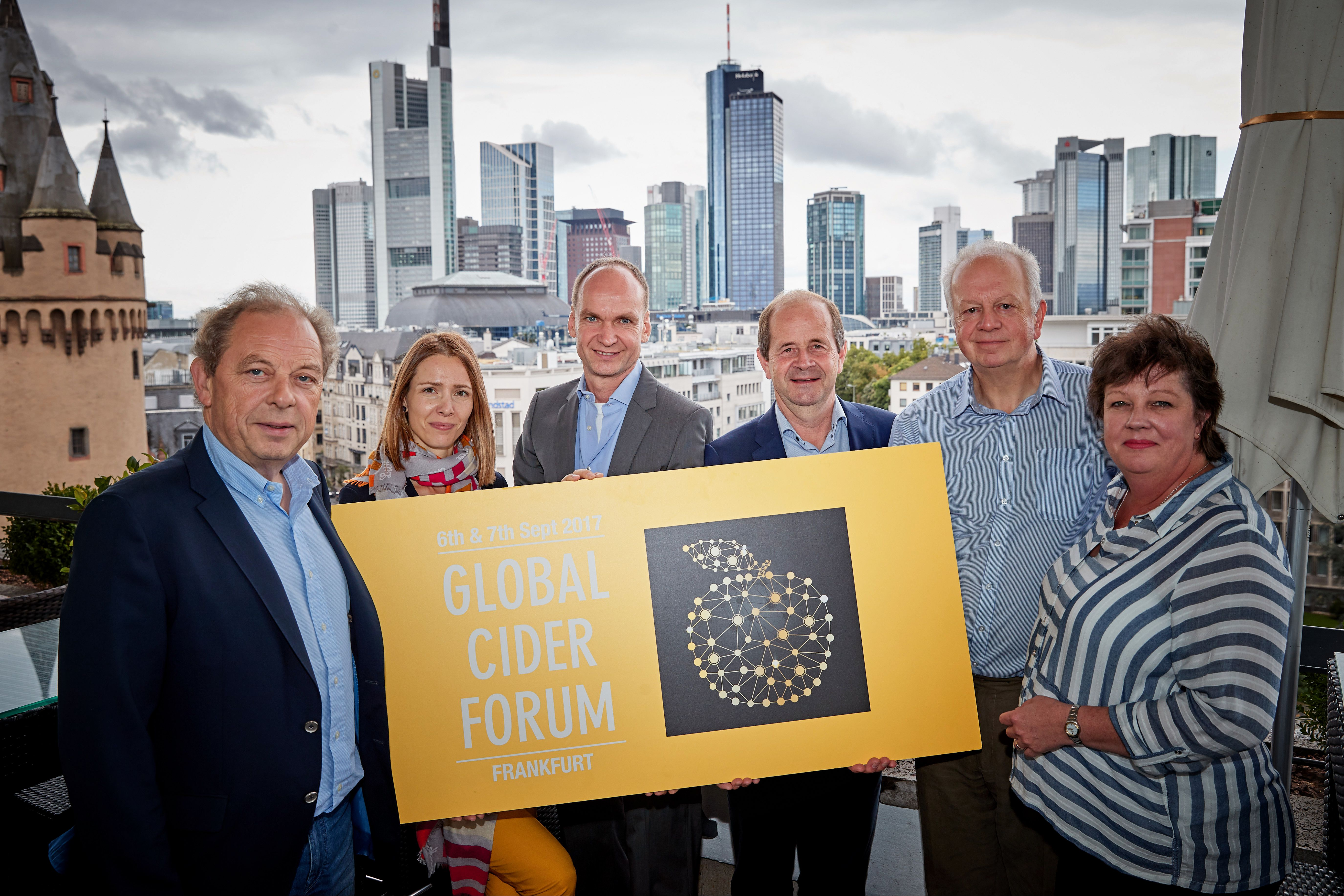 Das Organisationskomitee des Global Cider Forums in Frankfurt